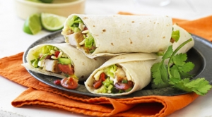 soft-chicken-wraps-with-tomato-salsa